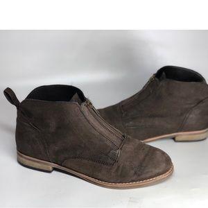 {Diba}  Eli  Leather Ankle  Booties